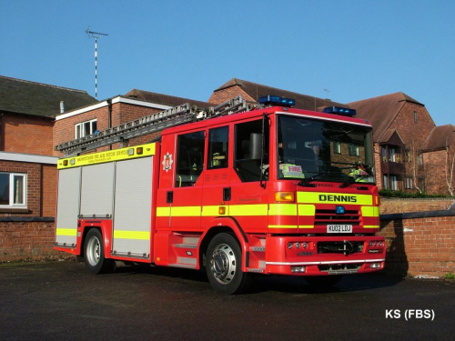 Dennis Sabre XL / Emergency One (UK) of Warwickshire FRS at Henley in Arden